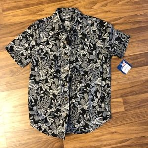 Boys short sleeve Hawaiian shirt brand new